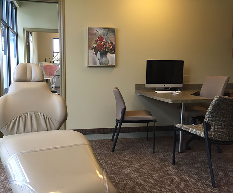 Hunter Orthodontics Office Consultation Room
